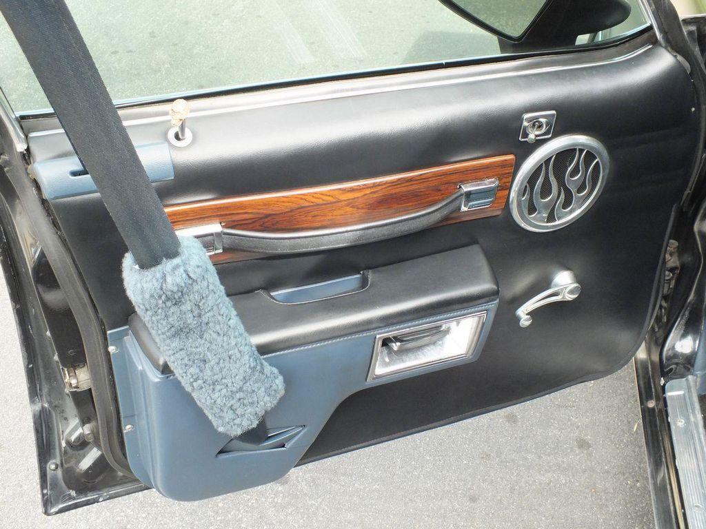 1990 Chevrolet Caprice Hearse - 13249438 - 32
