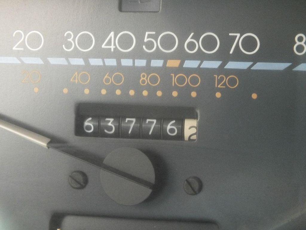 1990 Chevrolet Caprice Hearse - 13249438 - 35