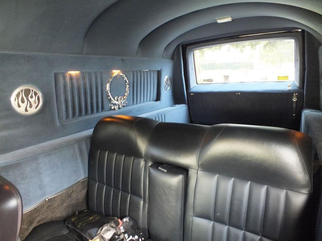 1990 Chevrolet Caprice Hearse - 13249438 - 43