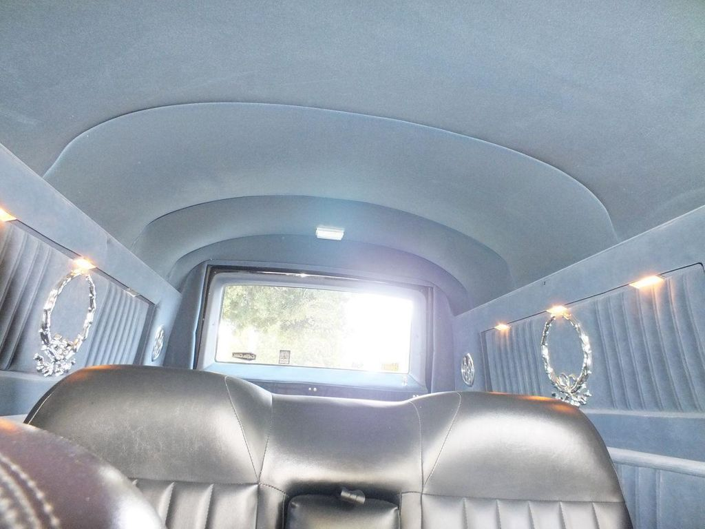 1990 Chevrolet Caprice Hearse - 13249438 - 44