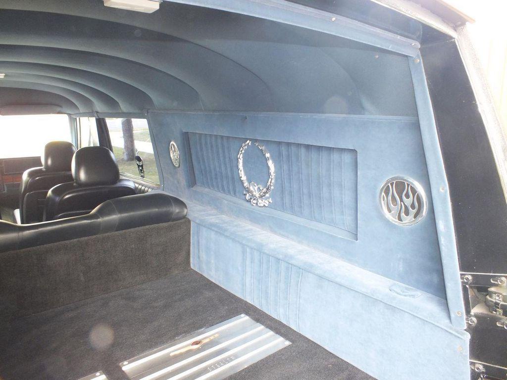 1990 Chevrolet Caprice Hearse - 13249438 - 71