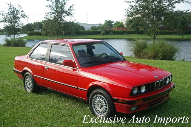 1991 BMW 3 Series 1991 BMW 325i E30 COUPE ULTRA LOW MILES - Click to see full-size photo viewer