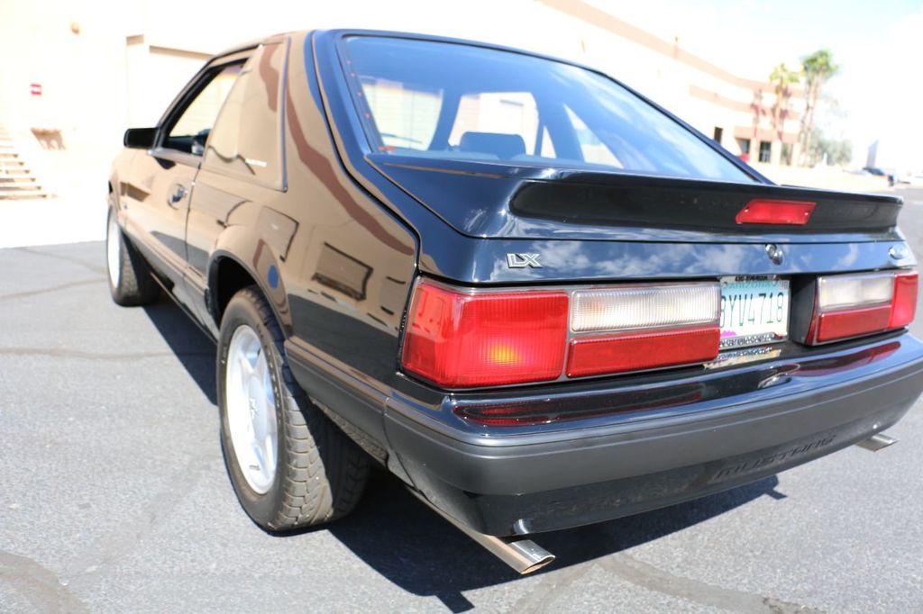 1991 Ford Mustang 2dr Hatchback LX Sport 5.0L - 17741566 - 24