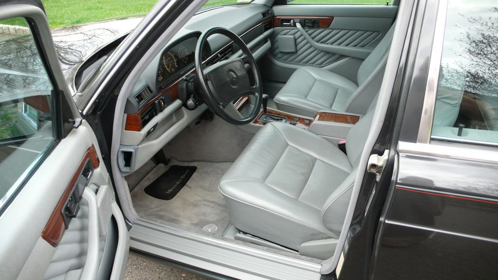 1991 Mercedes-Benz 420 Series  - 16309389 - 19