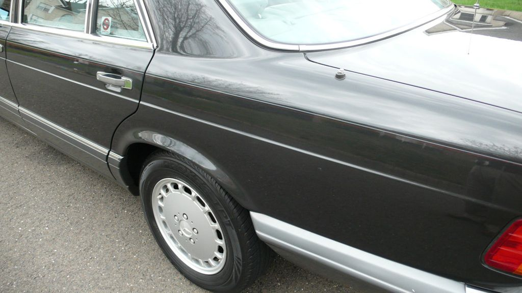 1991 Mercedes-Benz 420 Series  - 16309389 - 51