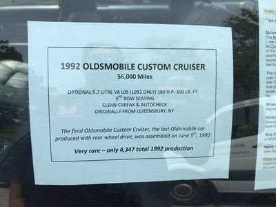 1992 Oldsmobile Custom Cruiser 4dr Wagon 3 Seat - Click to see full-size photo viewer