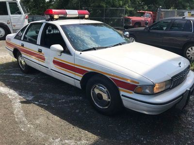 1993 Chevrolet Caprice Base 4dr Sedan - Click to see full-size photo viewer