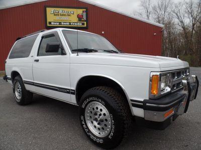 1993 Chevrolet S-10 Blazer 2-door 4x4 SUV