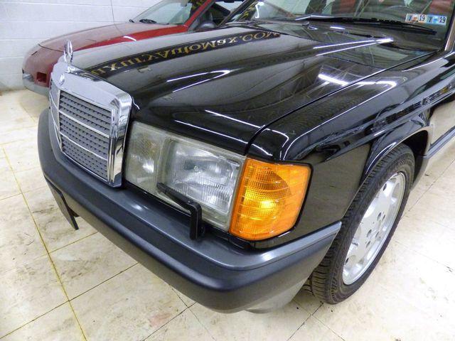 1993 Mercedes-Benz 190 Series SPORTSLINE CARBON FIBERt TRIM RECARO SEATS - Click to see full-size photo viewer