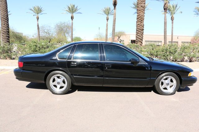 1994 Chevrolet Impala SS 4dr Sedan - Click to see full-size photo viewer