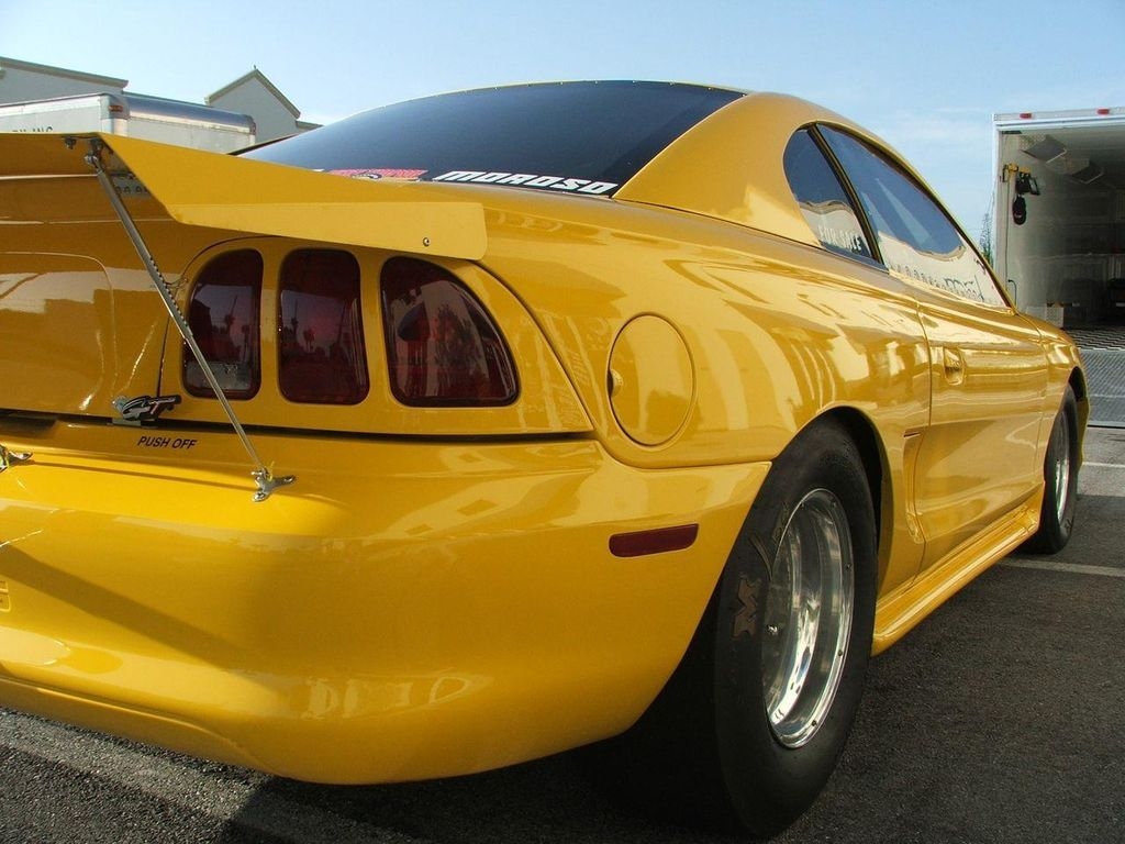 1994 Ford Mustang SVT Cobra Turbo - 10740381 - 3