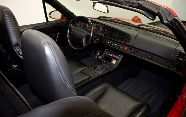 1994 Porsche 968 Base Trim - Click to see full-size photo viewer