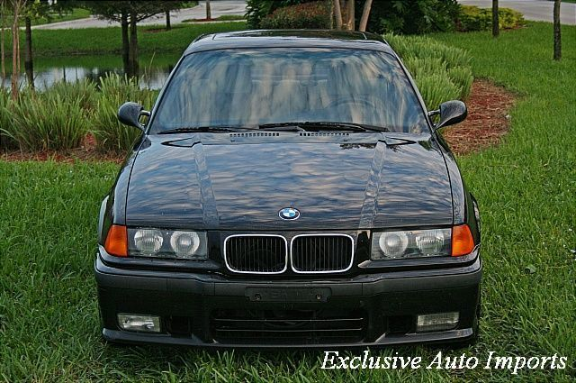 1995 BMW M3 Base Trim - Click to see full-size photo viewer