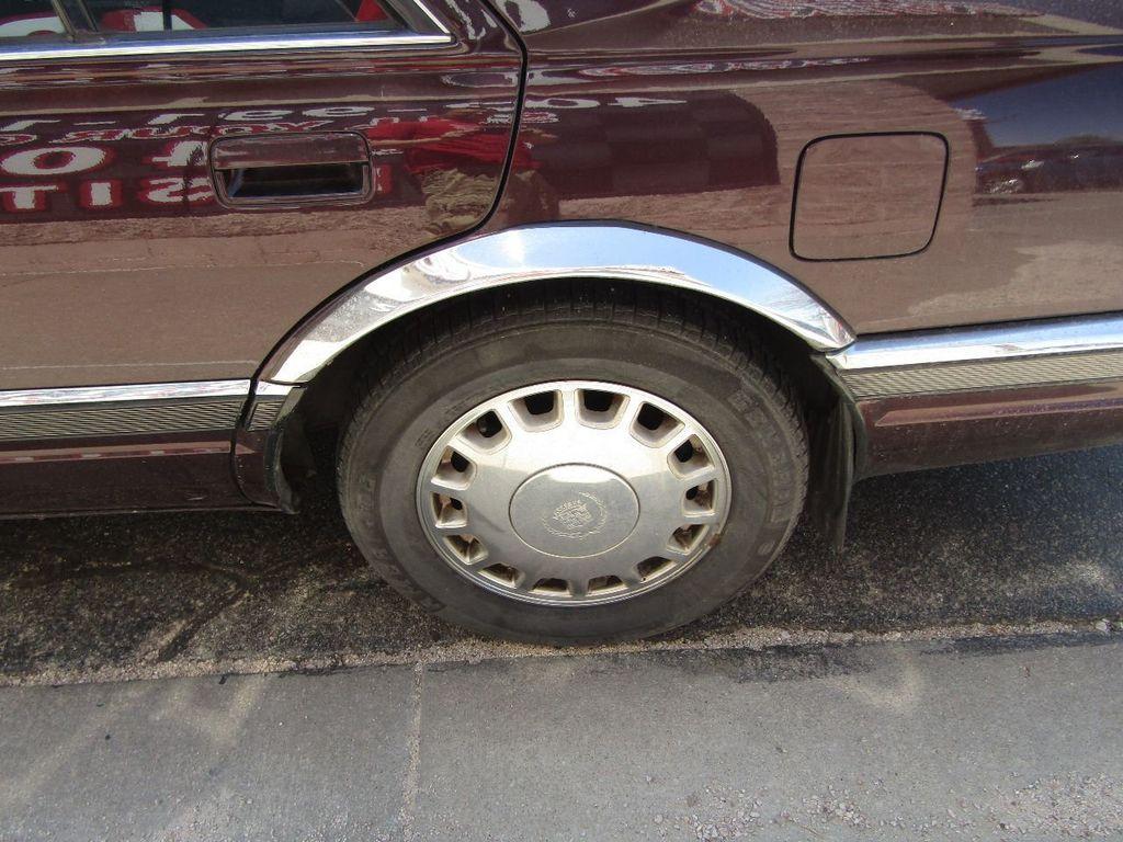 1995 Cadillac Seville 4dr Sedan Luxury SLS - 16309868 - 29