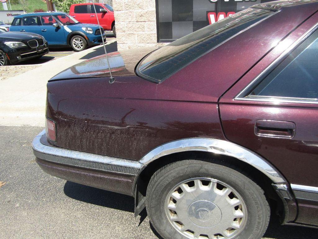 1995 Cadillac Seville 4dr Sedan Luxury SLS - 16309868 - 30