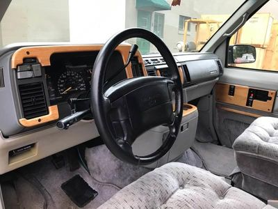 "1995 Chevrolet Astro Cargo Van Ext 111"" WB RWD - Click to see full-size photo viewer"