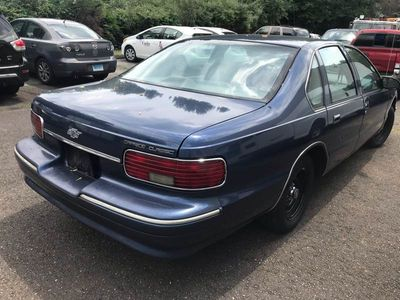 1995 Chevrolet Caprice Base 4dr Sedan - Click to see full-size photo viewer