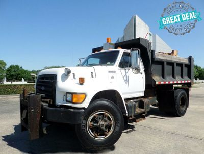 1995 Ford F-800 DUMP TRUCK - Click to see full-size photo viewer