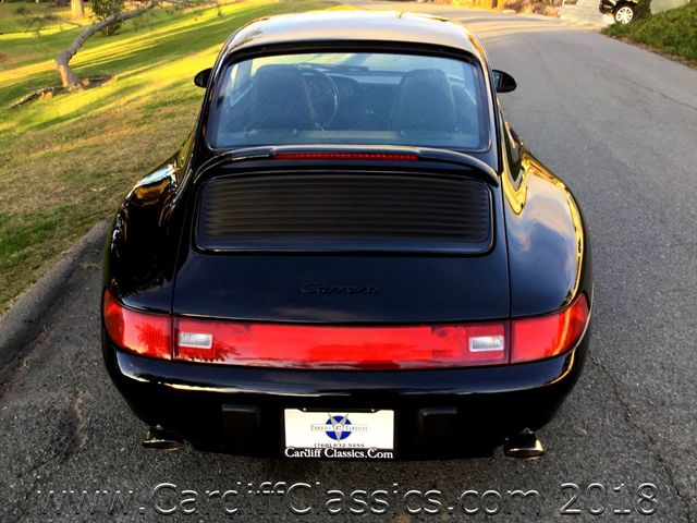 1995 Porsche 911 Carrera 911 Carrera C2 Coupe - Click to see full-size photo viewer