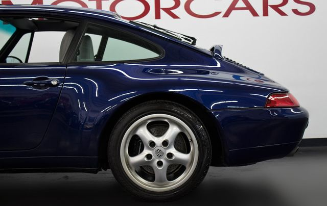 1995 Porsche 911 Carrera 993 - Click to see full-size photo viewer