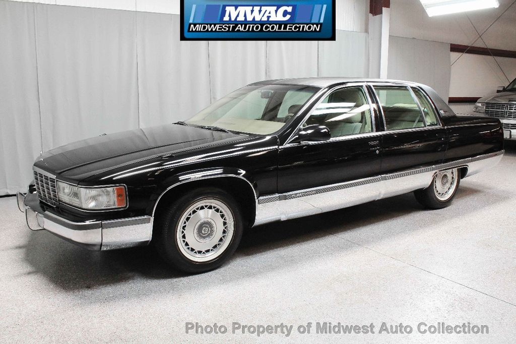 1996 Cadillac FLEETWOOD BROUGHAM RARE BLACK LAST YEAR SOUTHERN CAR ONLY 49K CLASSY VOGUE TIRES  - 17737352 - 1