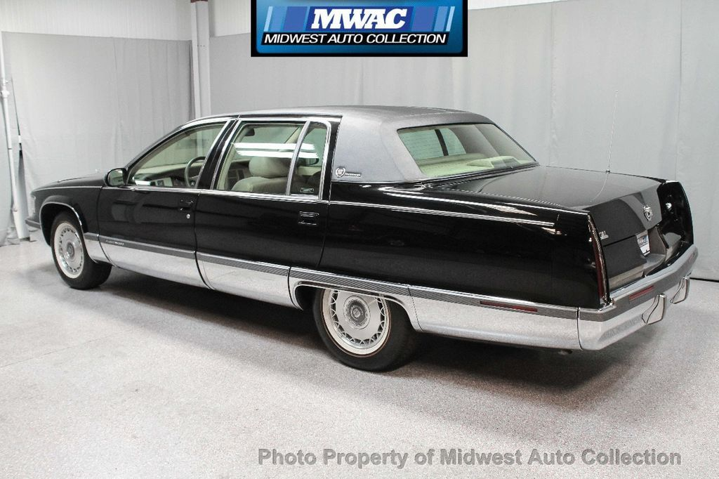 1996 Cadillac FLEETWOOD BROUGHAM RARE BLACK LAST YEAR SOUTHERN CAR ONLY 49K CLASSY VOGUE TIRES  - 17737352 - 2