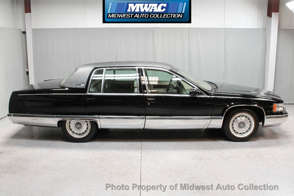 1996 Cadillac FLEETWOOD BROUGHAM RARE BLACK LAST YEAR SOUTHERN CAR ONLY 49K CLASSY VOGUE TIRES  - 17737352 - 5