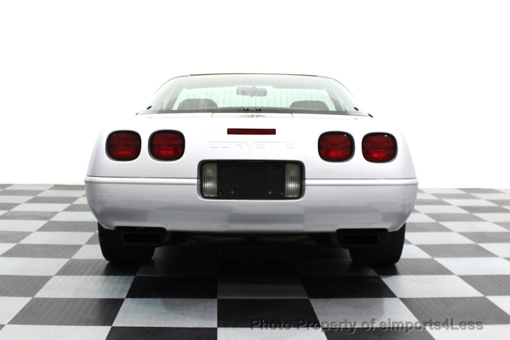 1996 Chevrolet Corvette CORVETTE COLLECTOR EDITION COUPE 6 SPEED - 16417240 - 17