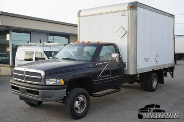 1996 Dodge Ram 3500 Chassis Cab *LIFT GATE*LOW MILES*1-OWNER*Clean Carfax*Clean Title*  - 16207576 - 4
