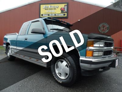 "1997 Chevrolet C/K 1500 Ext Cab 141.5"" WB 4WD Truck"