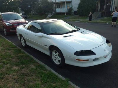 1997 Chevrolet Camaro  - Click to see full-size photo viewer