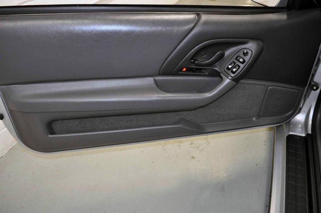 1997 Chevrolet Camaro 2dr Convertible Z28 - 11650218 - 20