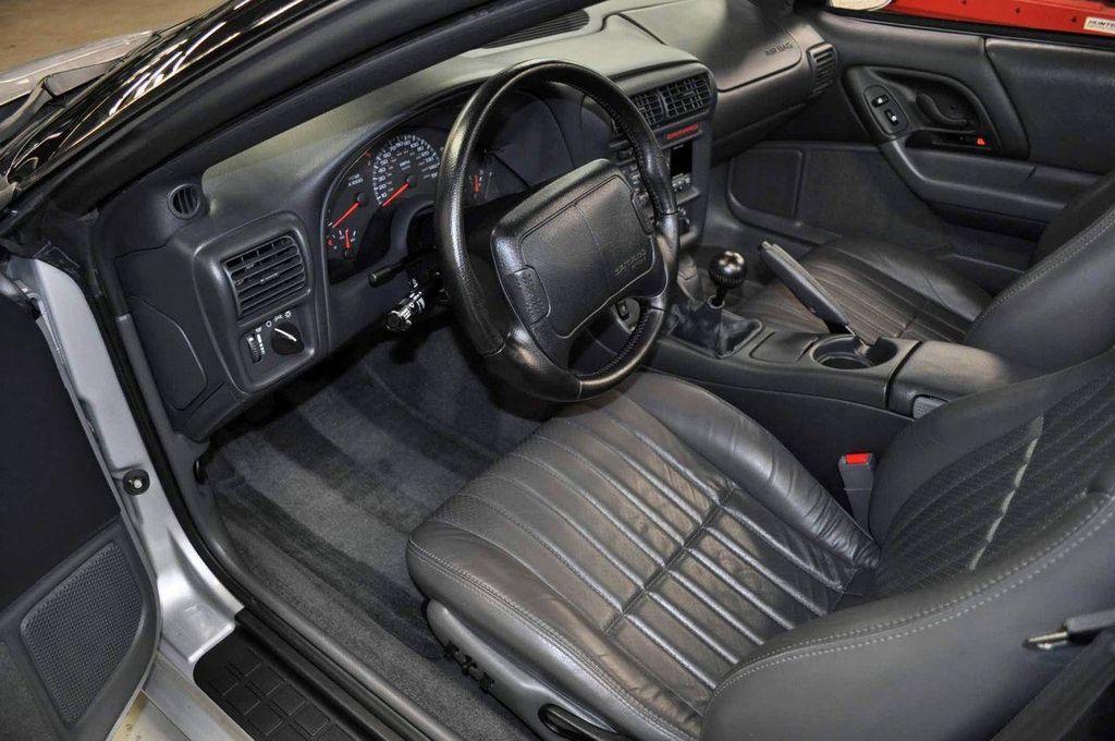 1997 Chevrolet Camaro 2dr Convertible Z28 - 11650218 - 21