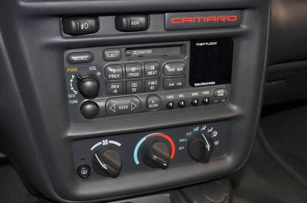 1997 Chevrolet Camaro 2dr Convertible Z28 - 11650218 - 22