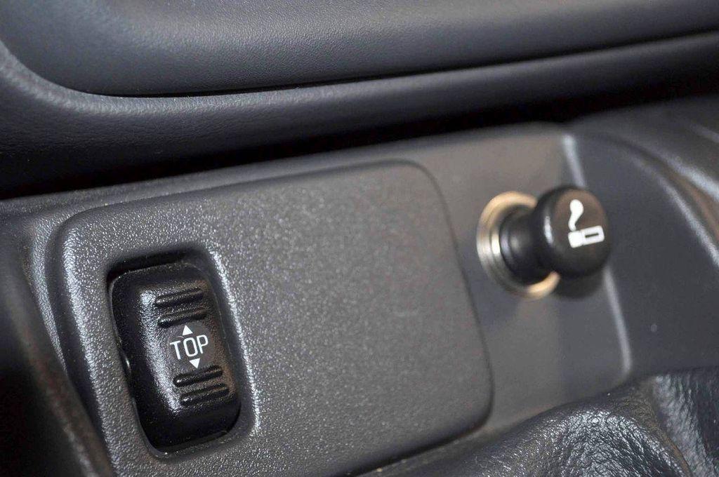 1997 Chevrolet Camaro 2dr Convertible Z28 - 11650218 - 23