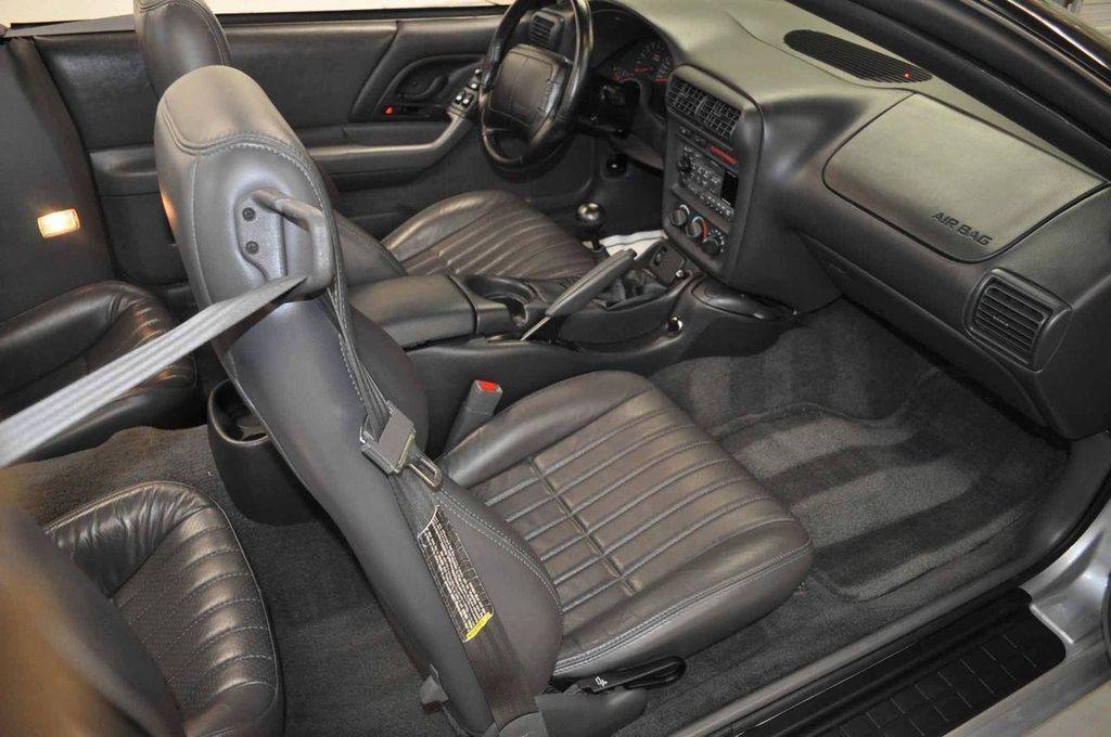 1997 Chevrolet Camaro 2dr Convertible Z28 - 11650218 - 32