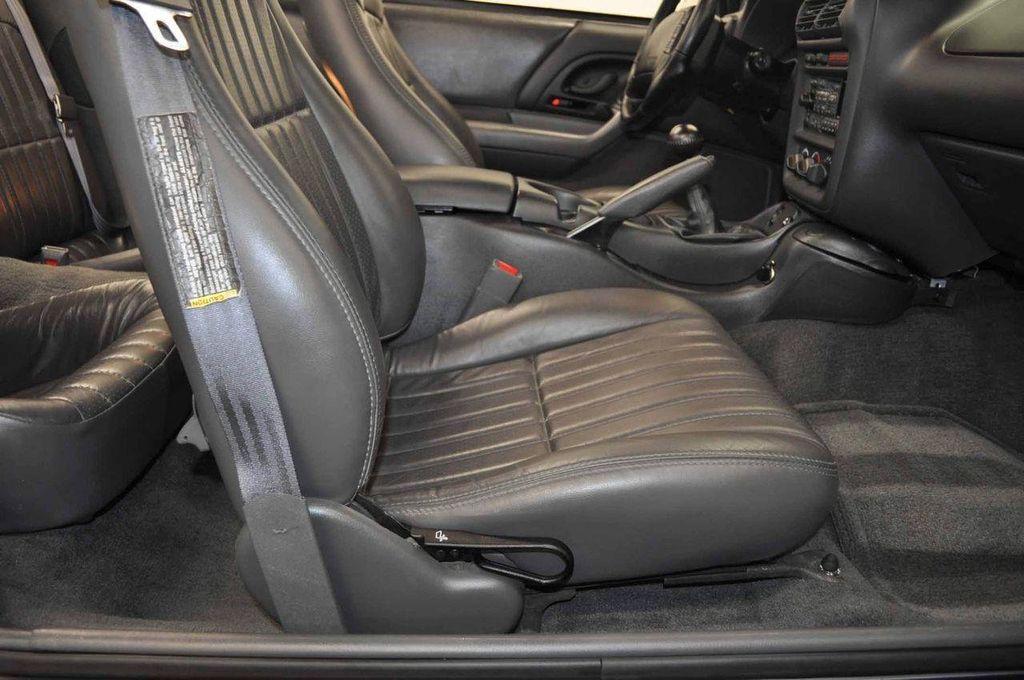 1997 Chevrolet Camaro 2dr Convertible Z28 - 11650218 - 33