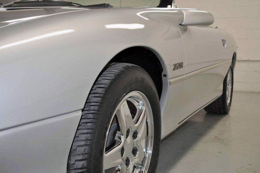 1997 Chevrolet Camaro 2dr Convertible Z28 - 11650218 - 34