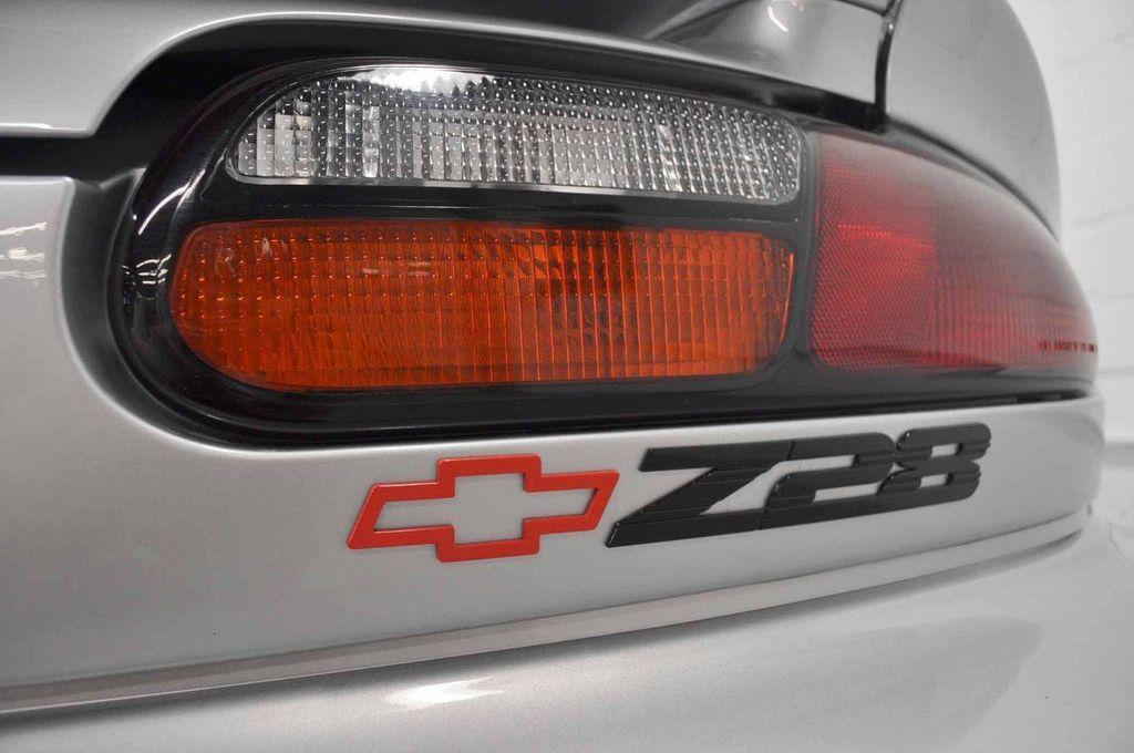 1997 Chevrolet Camaro 2dr Convertible Z28 - 11650218 - 6