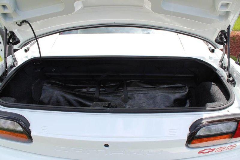 1997 Chevrolet Camaro 30th Anniversary Edition - 13695351 - 33