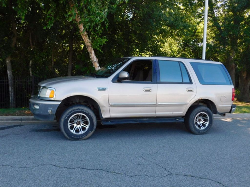 "1997 Ford Expedition 119"" XLT 4WD - 16537773 - 1"