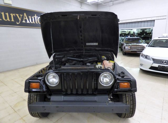 1997 Jeep Wrangler 2dr SE - Click to see full-size photo viewer