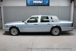 1997 Lincoln Town Car - 1LNLM81W6VY704260
