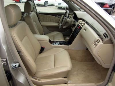 1997 Mercedes-Benz E-Class E420 4dr Sedan 4.2L - Click to see full-size photo viewer