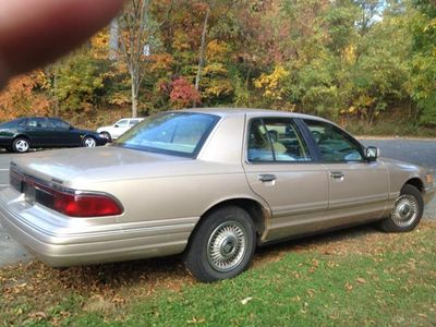 1997 Mercury Grand Marquis 4dr Sedan GS - Click to see full-size photo viewer