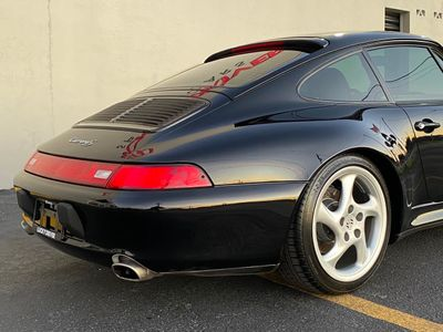 1997 Porsche 911 Carrera 2dr Carrera S Coupe w/Tiptronic - Click to see full-size photo viewer