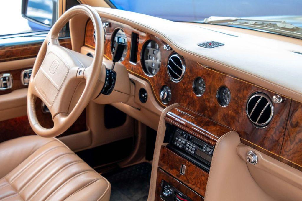 1997 Rolls-Royce Silver Spur Base Trim - 18678485 - 55