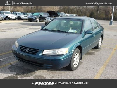 1997 Toyota Camry 4dr Sedan LE Automatic