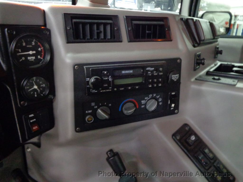 1998 AM General Hummer 4-Passenger Hard Top - 17783328 - 36
