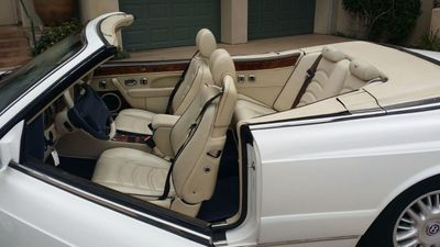 1998 Bentley Azure Luxury Convertible - Click to see full-size photo viewer
